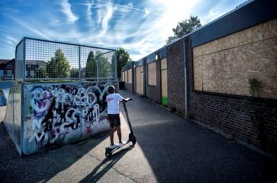 Jarenlang minstens één keer per maand een steen door je raam en drugsdealers in je pand: jeugdcentrum vertrekt noodgedwongen door overlast probleemjongeren