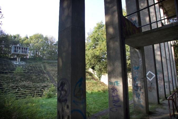 Stichting die al bijna twee decennia strijdt voor behoud van openluchttheater in Weert wil bijltje erbij neergooien