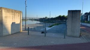 Jongerenoverlast blijft aanhouden: hekken weer teruggeplaatst bij Lage Loswal in Venlo