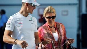 Echtgenote Corinna vertelt over leven na ski-ongeluk: 'Iedereen mist Michael Schumacher'