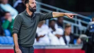 Oud-internationals staan nu tegenover elkaar in de eerste divisie: 'Het heeft 8,5 jaar geduurd voor ik aan de Krommedijk mocht staan'