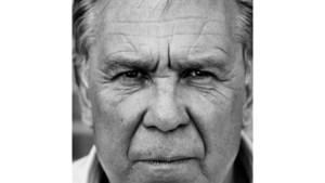 Schrijver, acteur en oud-profvoetballer Maarten Spanjer gast op seniorenmatinee in bibliotheek Venlo