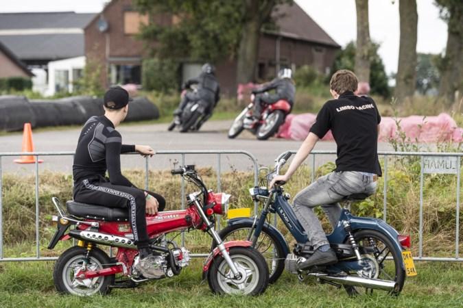 TT Haler: motorrijden is maar bijzaak, het gaat om de gezelligheid