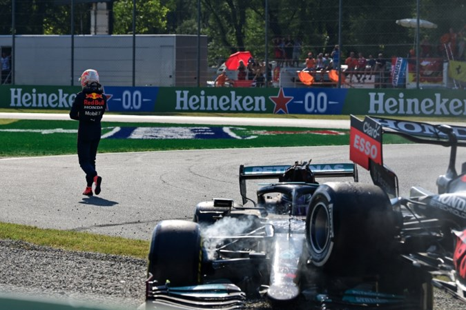 Hamilton na de botsing met Verstappen: 'De strijd zal een vervolg krijgen'