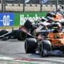 Verstappen, nadat hij met Hamilton in grindbak is beland: 'Dat krijg je als je geen ruimte laat'