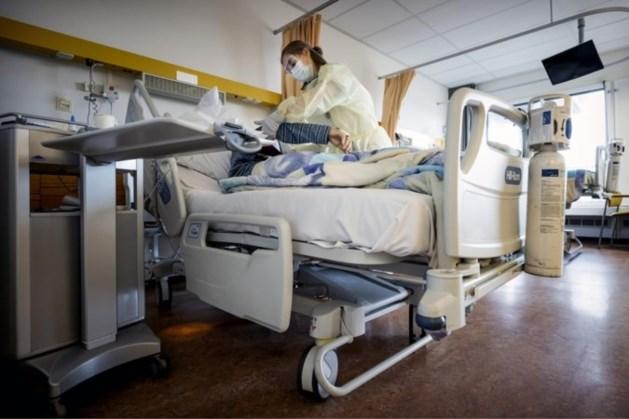 Weer iets minder coronapatiënten in ziekenhuizen