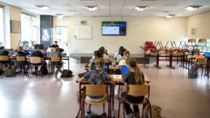 Een school in Heerlen waar je fruit mag kopen en natekenen en moet rekenen met het bonnetje