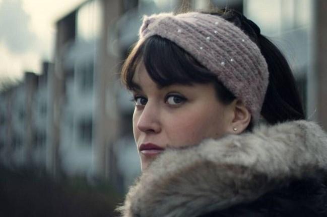 Maastrichtse actrice Luka Kluskens wint prijs op Toronto Indie Short Film Festival