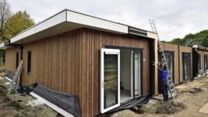 Zorgen over huisvesting aanzwellende stroom statushouders: 'Kijken naar tijdelijke woningen'
