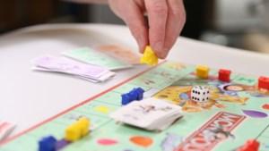 Scouting St. Salvius speelt 'levend Monopoly' in Limbricht bij opening nieuw seizoen