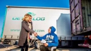 FNV daagt Inspectie voor rechter wegens 'lakse handhaving' IKEA-truckers die weken in hun cabines leven