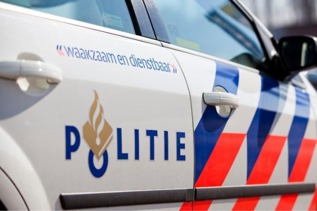 Bus met drugsafval achtergelaten op viaduct over A2 in Eindhoven