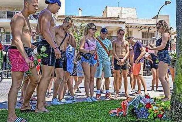 Vader op Mallorca doodgeschopte Carlo (27) doet zijn verhaal