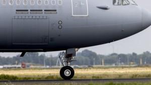 Nederlands vliegtuig haalt Afghaanse evacués op uit Pakistan