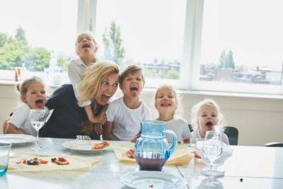 Manon (39) heeft een twee- en een drieling én schreef een kookboek