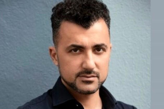 Özcan Akyol te gast in gemeenschapshuis Ell