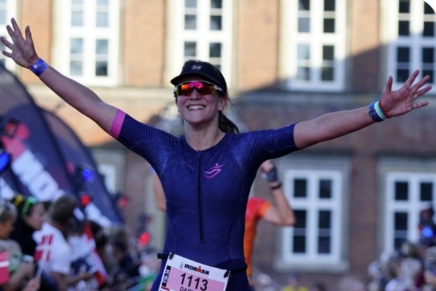 Arts in opleiding Daphne Schoenmakers van Zuyderland naar WK Triathlon op Hawaï