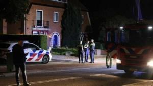 Gewonde man loopt weg uit ziekenhuis en overlijdt op oprit woning