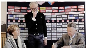 Telstar hoopt op 'wereldprimeur' met nachtwedstrijd onder Louis van Gaal