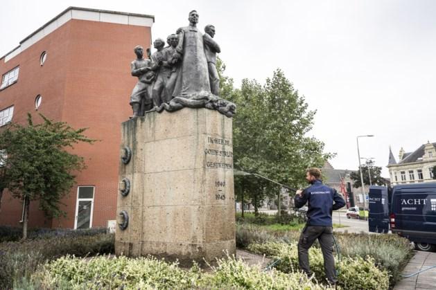 Schoonmaakbeurt voor het verzetsmonument in Roermond
