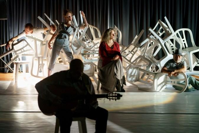 Vanuit Syrië gevlucht en nu schitteren op het podium in Geleen: 'Om alles achter je te laten, daar is veel moed nodig'