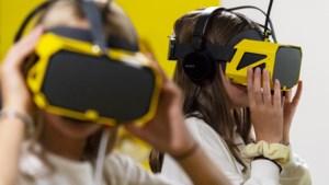 Zou jij naaktfoto's doorsturen? De nieuwe VR-game van de Risk Factory laat jongeren nadenken over shame-texting