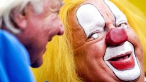 Verlamde clown Bassie (86) wil nog één keer genieten