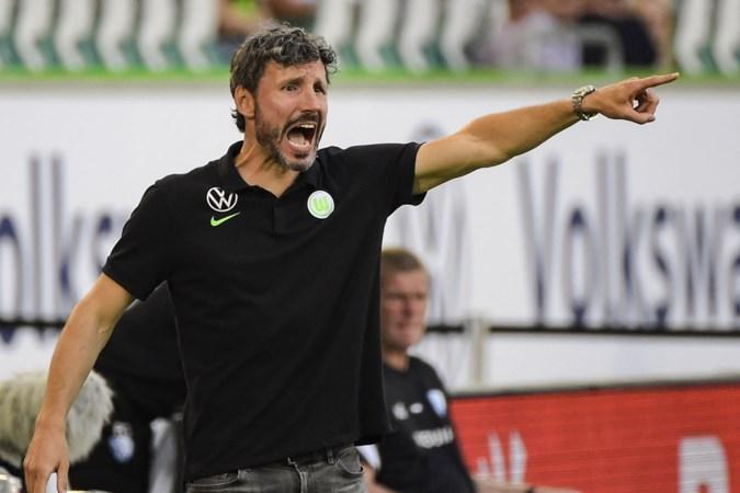 Droomstart Van Bommel in Wolfsburg: 'Mijn naam trekt ook de aandacht. Ik ben de enige trainer die als speler kampioen is geworden in Duitsland'