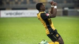 Uitblinker Limbombe schenkt Roda JC driepunter in eigen huis