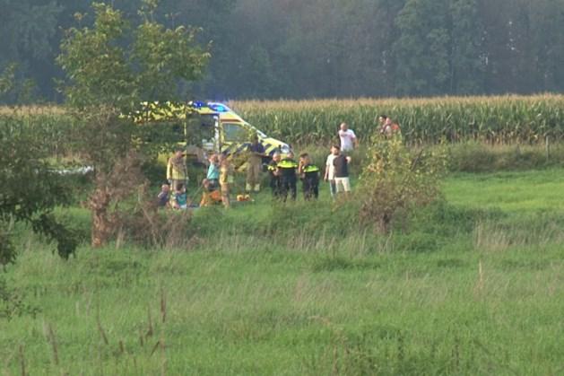 Omstanders redden bewusteloze man uit Roer in Vlodrop