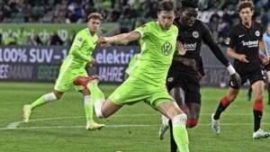 Eerste puntenverlies Mark van Bommel na goals Lammers en Weghorst