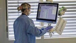 Iets meer coronapatiënten in ziekenhuizen, aantal nieuwe besmettingen daalt
