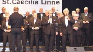 Koninklijke erepenning voor honderdjarig mannenkoor Sint Caecilia Linne