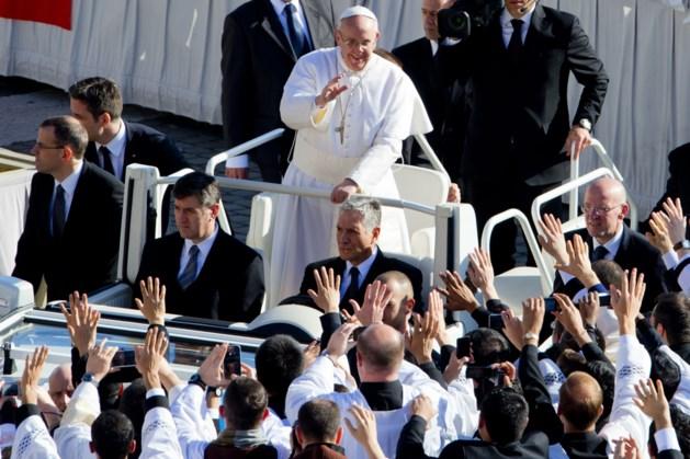Paus: slachtoffers misbruik belangrijker dan reputatie kerk