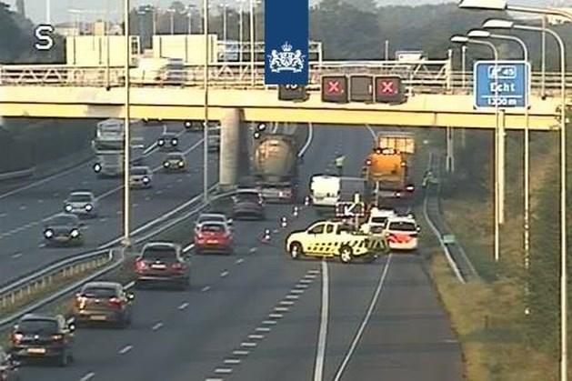 Ongeluk bij Echt zorgt tijdens ochtendspits voor flinke verkeershinder op A2 en A73