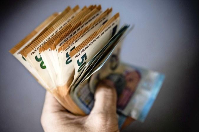 Nederland wil stop op hoge cashbedragen en afschaffen 500 eurobiljet in de strijd tegen criminelen