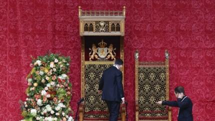 LIVE: Prinsjesdag is sober, maar de hoedjes fleuren de boel op