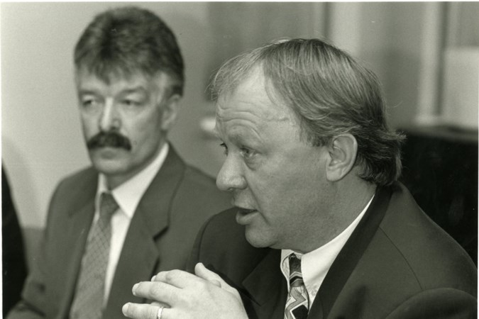 Jan Reker verdedigt wisselbeleid Schmidt bij PSV