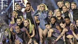Thuishaven Lady Gaga en Taylor Swift swingt bij entree op Damrak