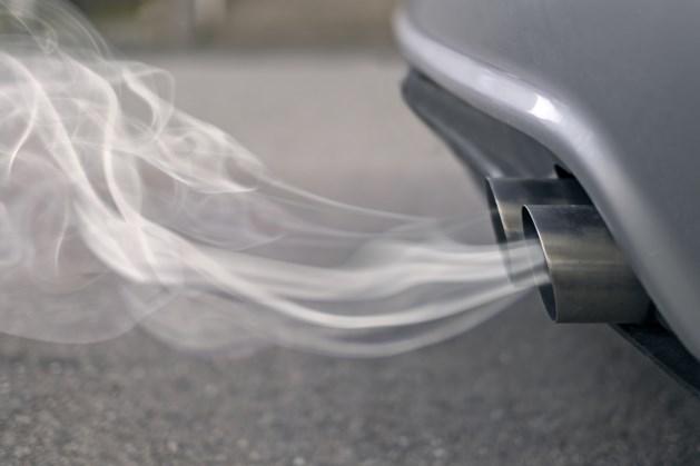 Milieuclub wil dat rechter BMW en Daimler dwingt om te stoppen met verbrandingsmotoren