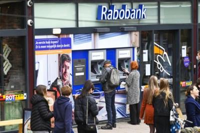 Rabobank sluit kantoren in het Heuvelland: 'Medewerkers wachten hele dag op klanten die niet komen'