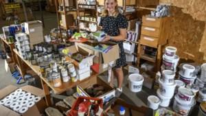 Evi (13) ging met voedselpakketten naar Valkenburg: 'Mensen huilden van blijdschap'
