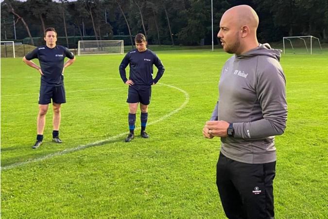 United-hoofdtrainer Fenne Smits wil zijn ervaringen delen met jeugdcoaches: 'Zo doe ik ook iets terug voor de club die veel voor mij heeft gedaan'