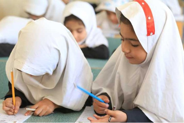 Taliban: Afghaanse meisjes snel weer naar middelbare school
