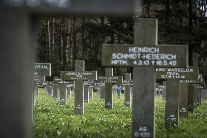 Vrees voor escalatie tijdens demonstratie antifascisten bij Duitse begraafplaats in Ysselsteyn
