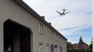 Opmerkelijk: minder vluchten maar meer klachten over vliegveld Beek