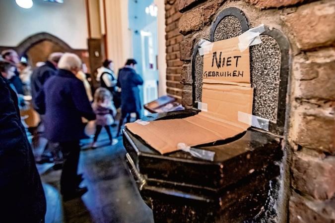 Onderlinge afstand parochianen vervalt, geen coronatoegangsbewijs aan de kerkdeur vereist