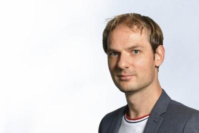 Column: Toen Ronnie Brunswijk zichzelf aanvoerder van Inter Moengotapoe maakte, moest ik aan Mark Rutte denken