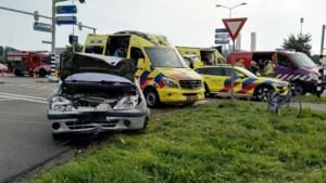 Ouders gewond bij ongeluk in Roermond, kinderen ongedeerd