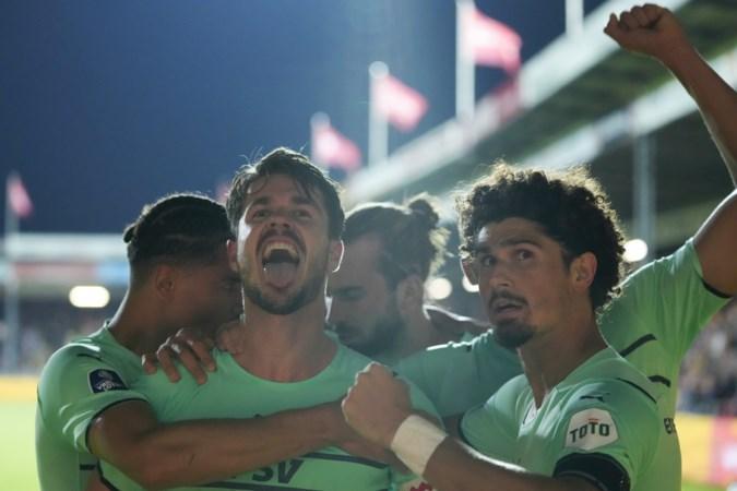 Nieuwe leiders PSV behoeden Schmidt voor nog meer schade